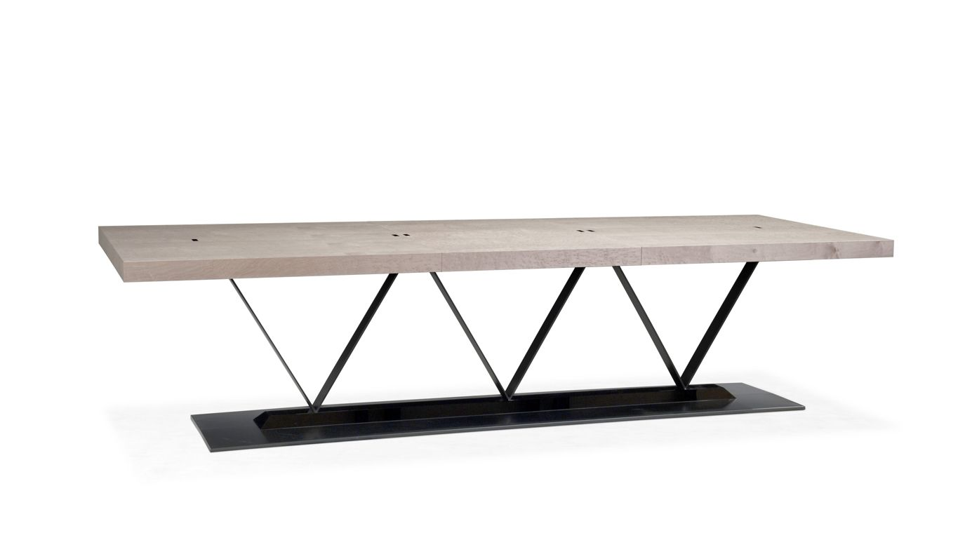 Statis table repas roche bobois for Table th width ignored