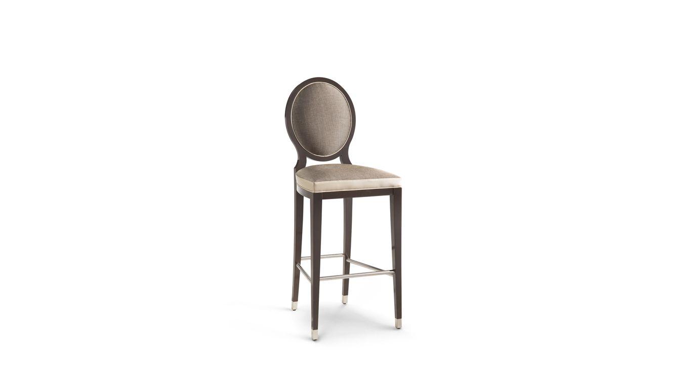 Sedia con braccioli grand hotel collezione nouveaux classiques roche bobois - Tabouret roche bobois ...