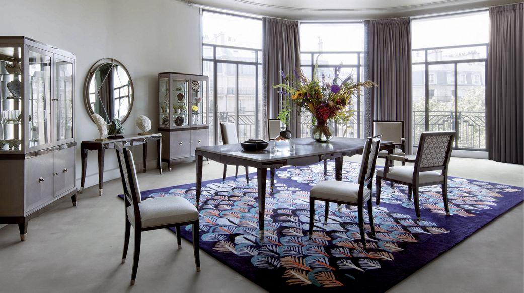Grand hotel chair nouveaux classiques collection roche bobois - Chaises salle a manger roche bobois ...