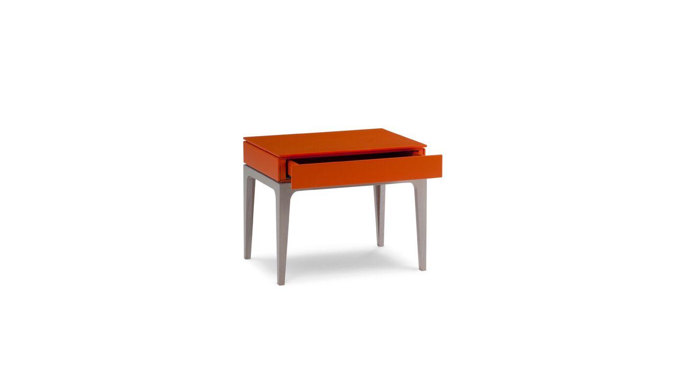 devom bedside table roche bobois. Black Bedroom Furniture Sets. Home Design Ideas