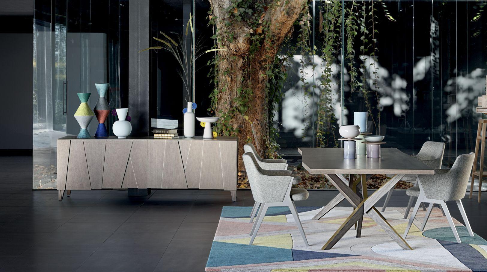 scala vaisselier roche bobois. Black Bedroom Furniture Sets. Home Design Ideas