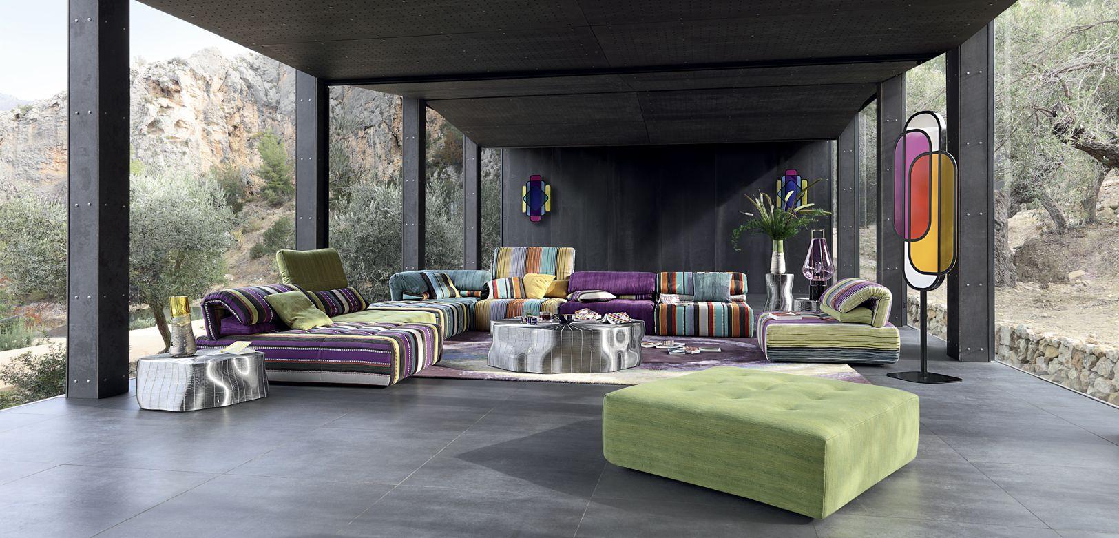 voyage immobile canap composable par l ments roche bobois. Black Bedroom Furniture Sets. Home Design Ideas