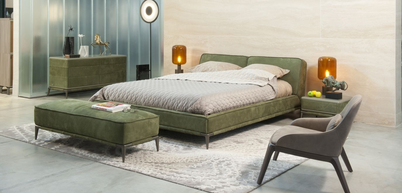 ellica lit roche bobois. Black Bedroom Furniture Sets. Home Design Ideas