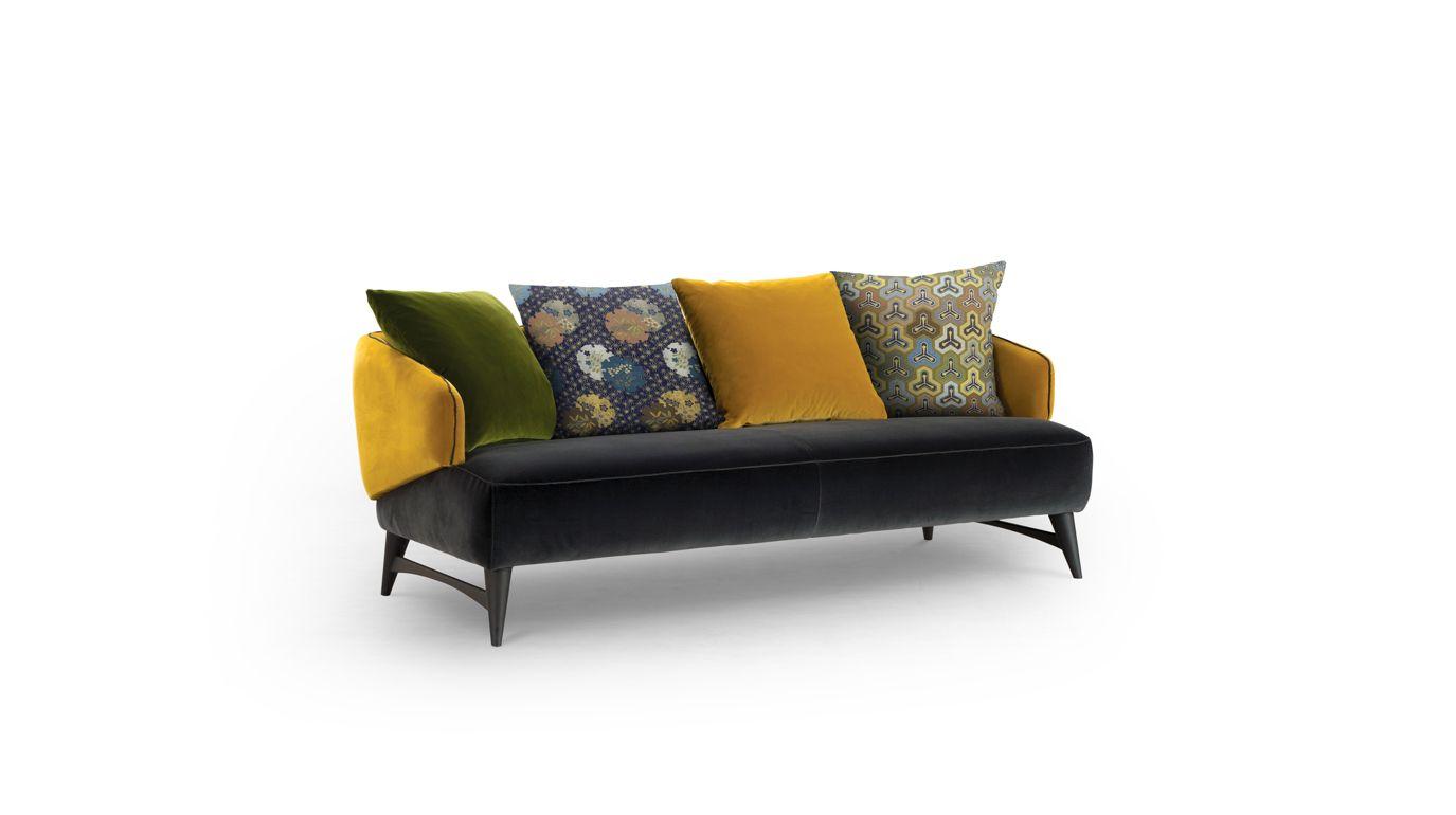 aries canap 2 5 places collection nouveaux classiques roche bobois. Black Bedroom Furniture Sets. Home Design Ideas