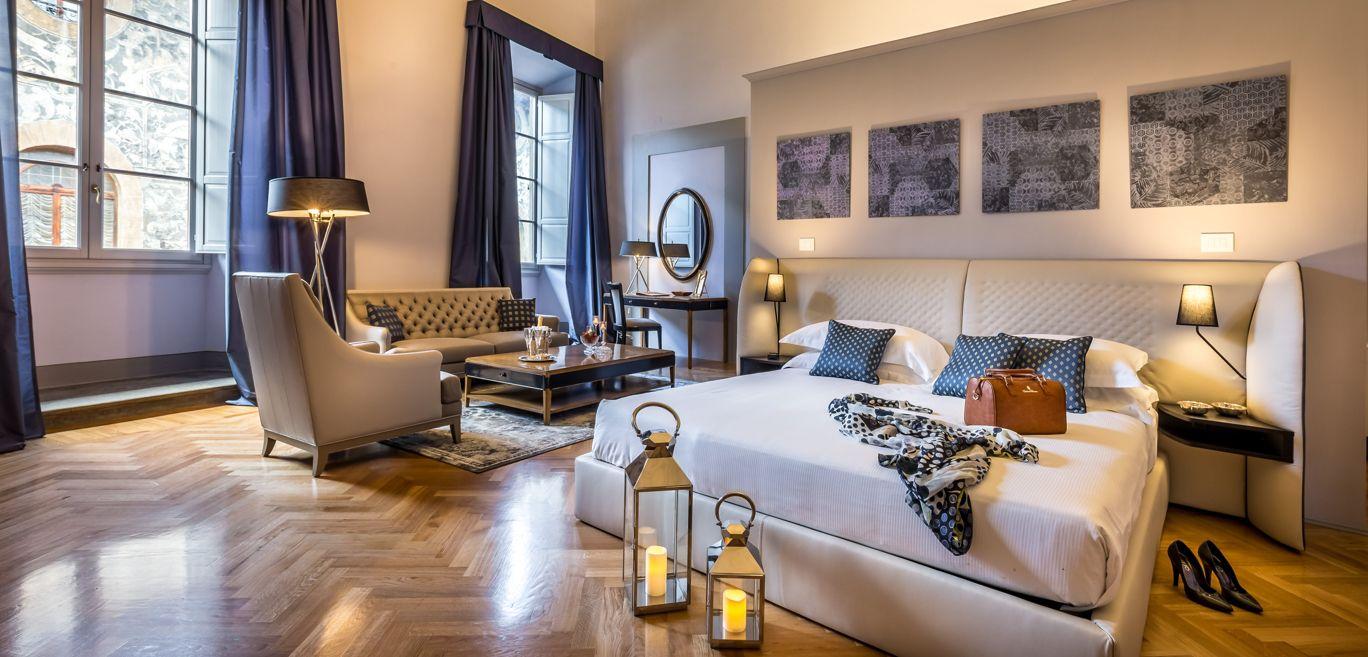 roche bobois magazine. Black Bedroom Furniture Sets. Home Design Ideas